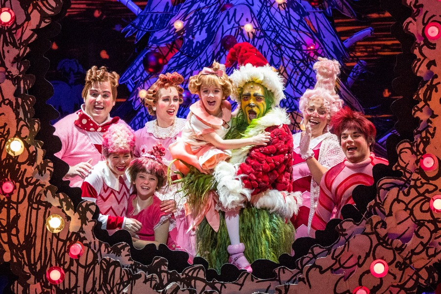 788ae0b00 ... Philip Huffman as The Grinch and the 2016 Touring Company of Dr. Seuss'  HOW ...