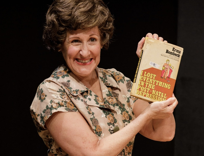 Pam Sherman as Erma Bombeck. Photo by Goat Factory Media Entertainment.