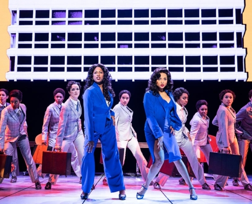 Dan'yelle Williamson (Diva Donna), Alex Hairston (Disco Donna) and the Company of SUMMER © Matthew Murphy for MurphyMade