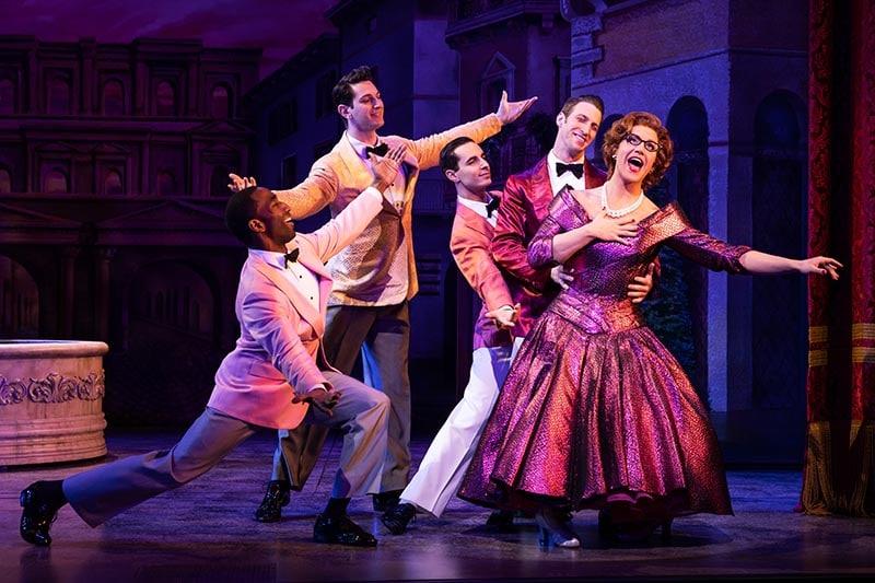 TOOTSIE Original Broadway Company. Santino Fontana and Company. Photo by Matthew Murphy, 2019.