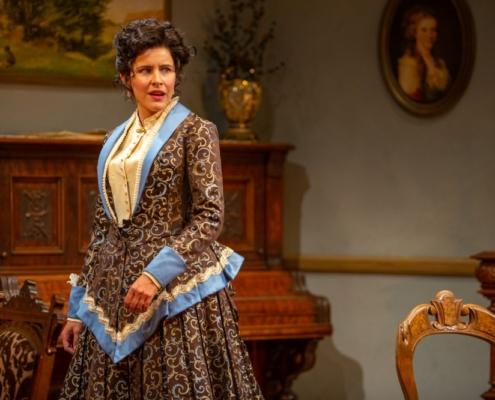 Marianna McClellan as Nora Helmer in A DOLL'S HOUSE_Photo by Adams VisCom