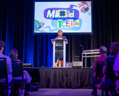 Rona VanSlyck at Mixed Taste. Photo by Adams VisCom.